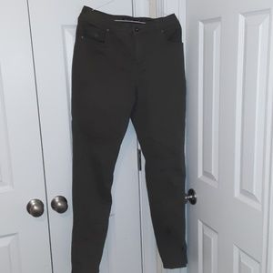 Gloria Vanderbilt Amanda Olive Green Jeans